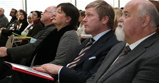 Prof. Dr. Werner Andres, Präsident der Fachhochschule, Staatssekretär Dr. Bernd Althusmann und die Kultur- und Schuldezernentin Marlis Drewermann (v.r.n.l.)